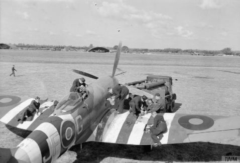 Servicing a Tempest at Newchurch